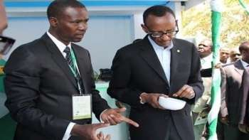 Egide Gatera (left), Rwandan Businessman with Rwandan President General Paul Kagame